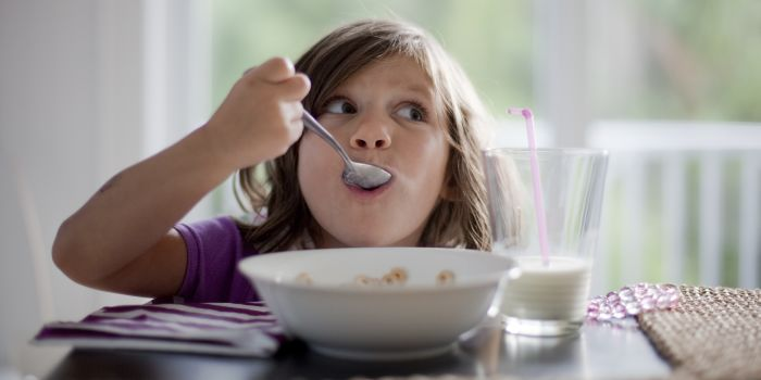 Child eating cereals
